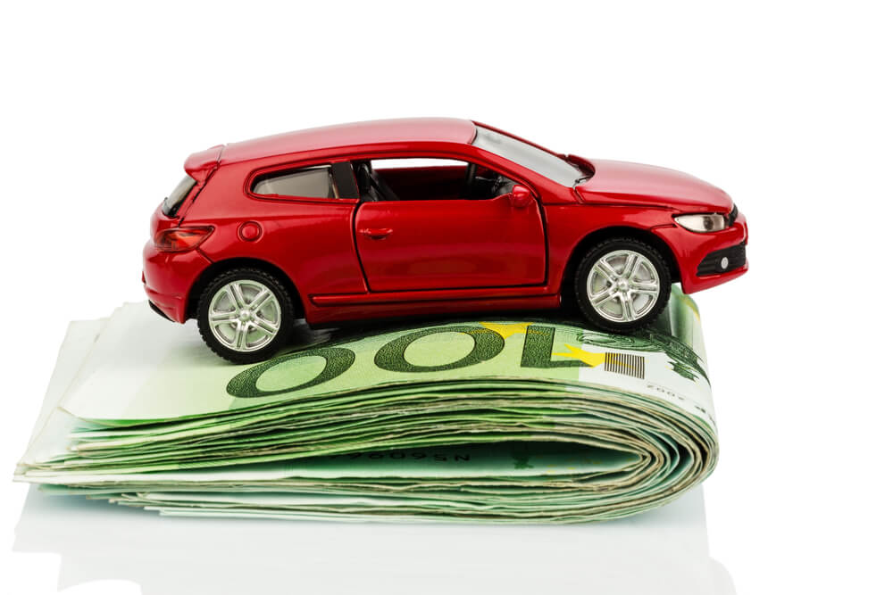 4 Ways in Which You Can Lower Your Auto Insurance Premium